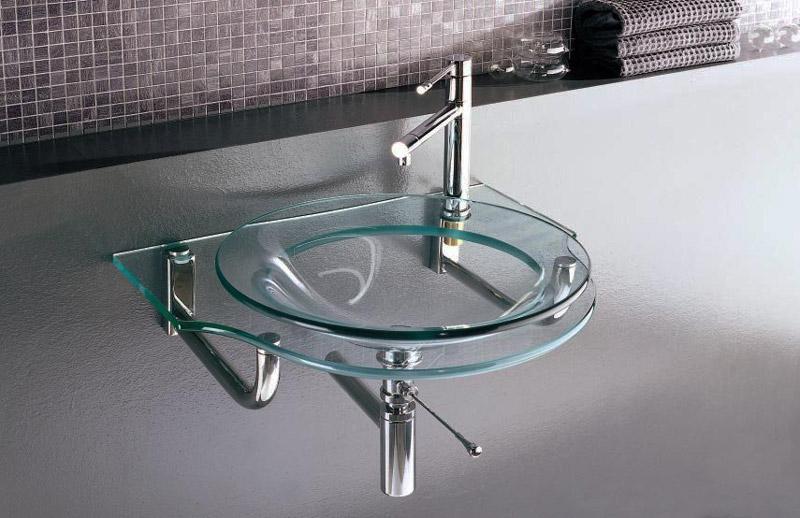 1273943363_curvet-glass-3.jpg