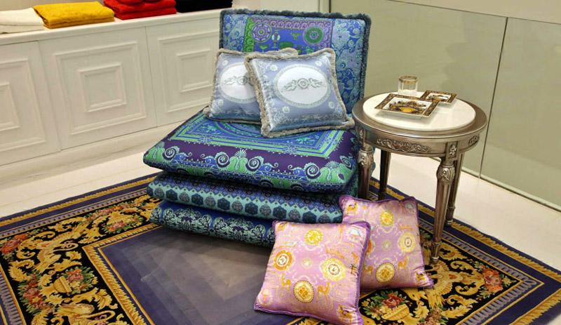 100182-Versace-furniture-40.jpg