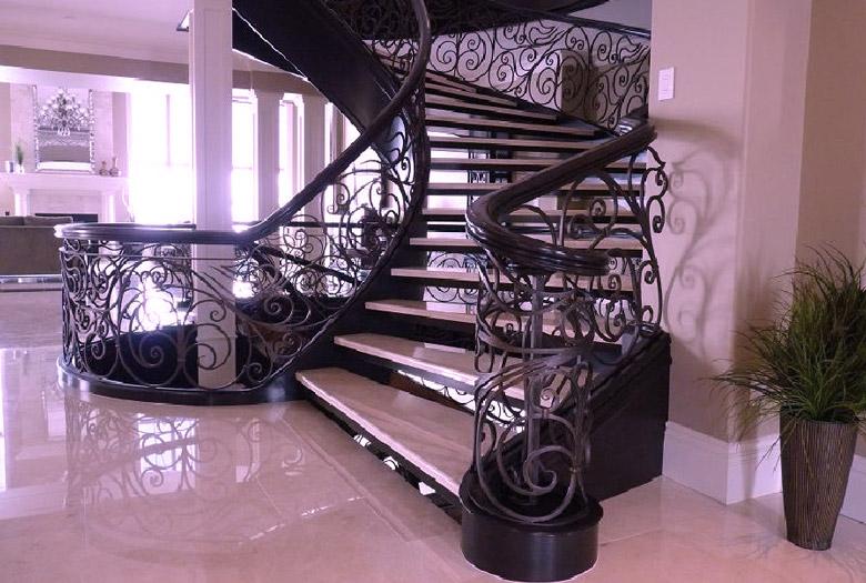 Кованая-лестница-4.jpg