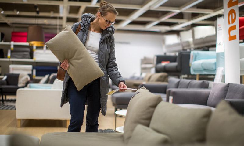 student_buying_furniture.jpg