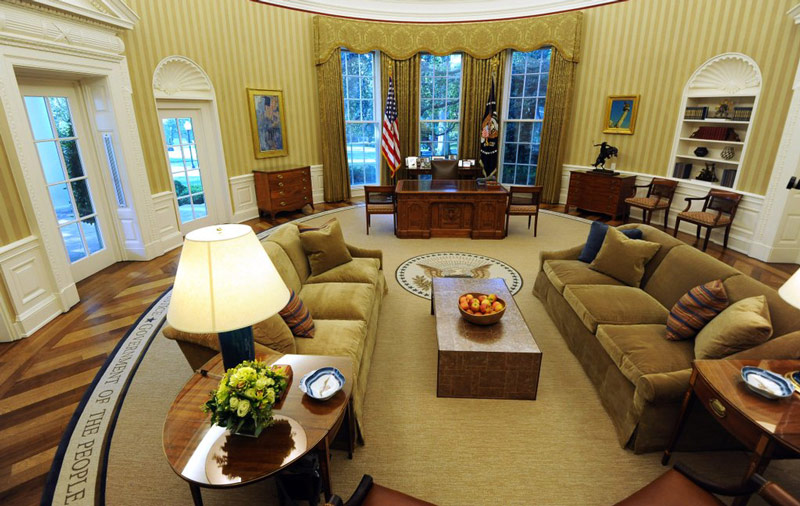 Photos-President-Obama-Newly-Decorated-Oval-Office.jpg