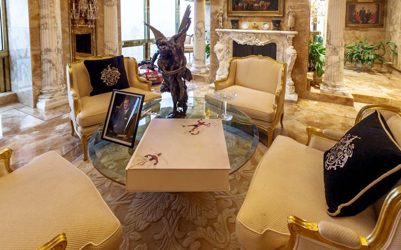 trump-tower-penthouse-coffee-table-PENTHOUSE1116.jpg