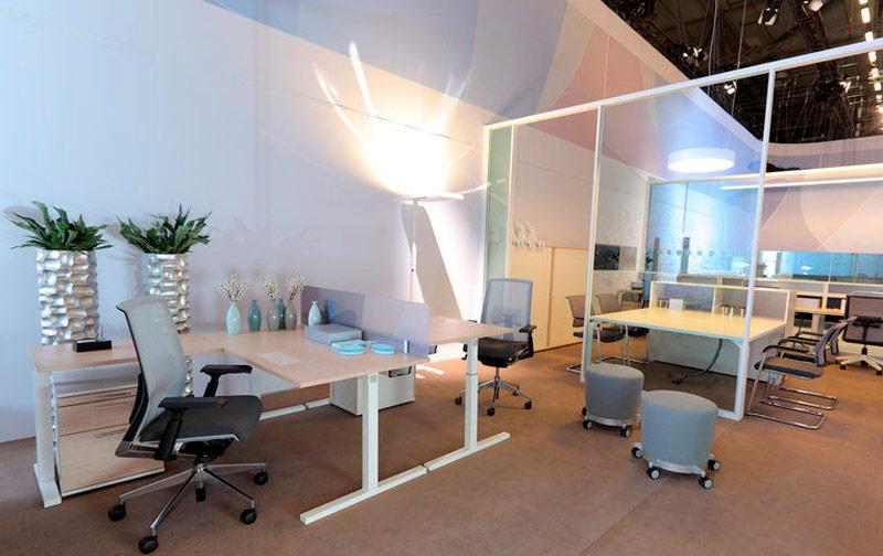 contemporary-height-adjustable-office-desks-77649-3428797.jpg