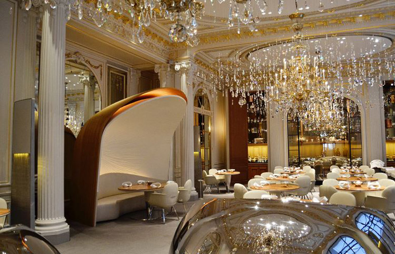 Alain-Ducasse-restaurant-Plaza-Athenee-Paris.jpg