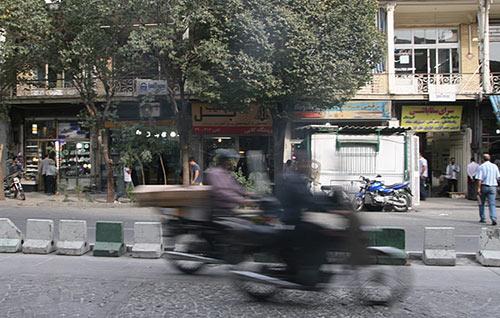 تهران؛ شهر بیریخت دنیا از لحاظ مبلمان شهری