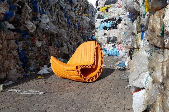 تبدیل ضایعات پلاستیکی به مبلمان