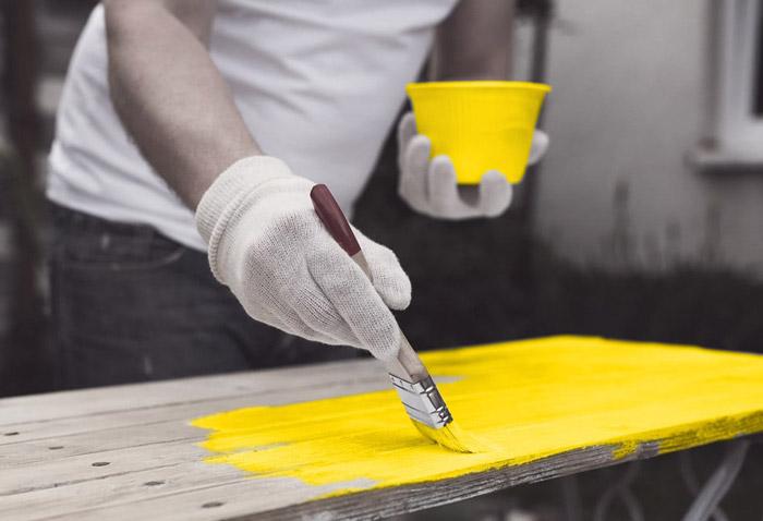 آموزش رنگ کاری مبل در منزل