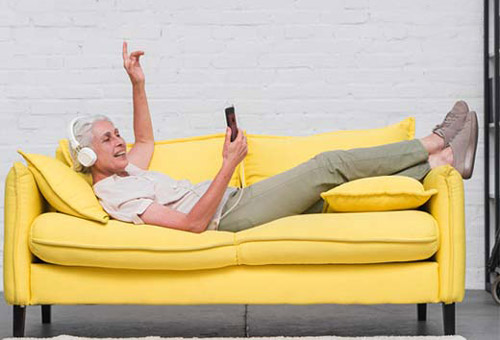 تاثیر رنگ مبلمان و طراحی داخلی بر سلامت بیماران و سالخوردگان