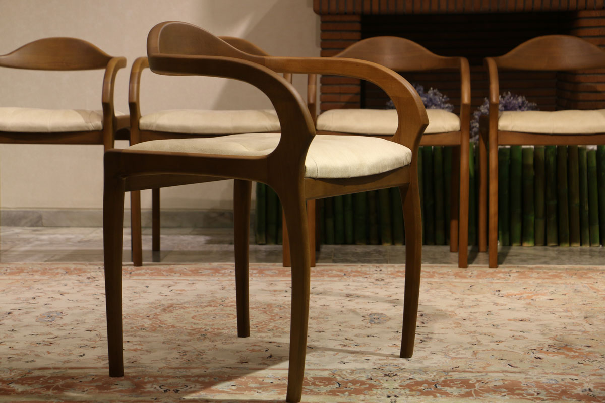 میز و صندلی ناهارخوری مدل درنا