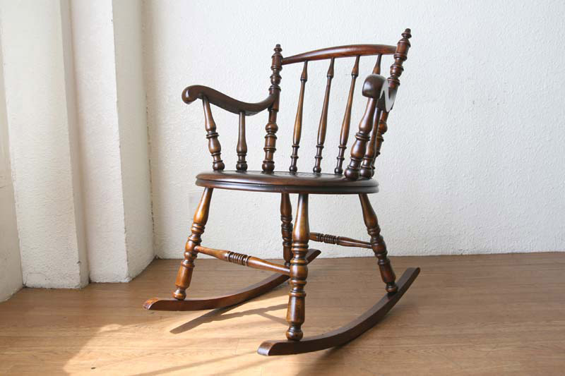 صندلی راک مدل سورنا
